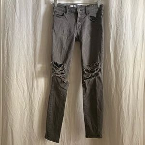 Gap 1969 Legging Jean